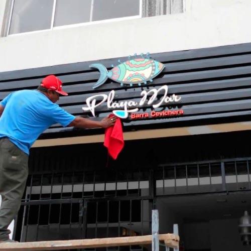 instalacion-de-letreros-en-lima-peru